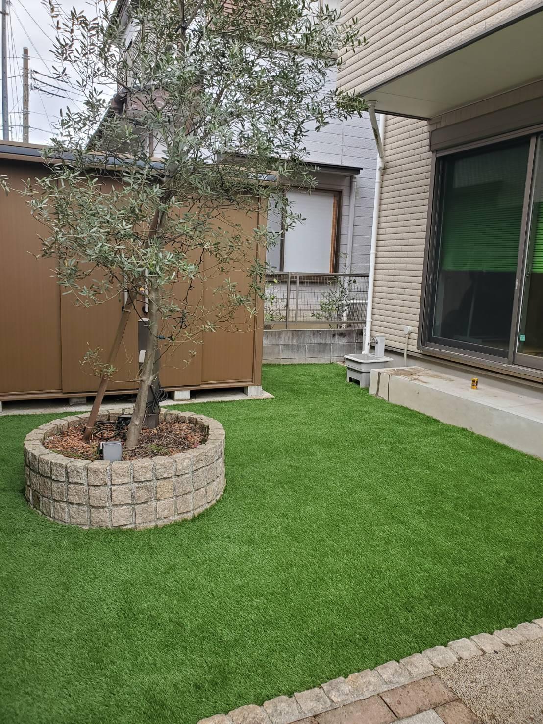 F様邸 庭工事 人工芝敷き